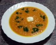 Möhren-Ingwer-Suppe – in verschiedenen auch scharfen Variationen