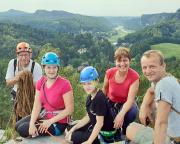 Auf der Heidewand am Gamrig – hoch über dem Kurort Rathen an einem herrlichen Klettertag
