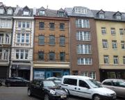 Köln 2015 - Das schmale zweite Haus von rechts - unser Hotel in Köoln - das teuerste und zugleich schäbigste, was ich als Hotel bisher erlebt habe ... Aber der rest der Stadt war zu teuer oder ausgebucht.