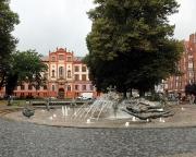 Ostseeurlaub 2017 – Universitätsplatz Rostock mit dem Brunnen der Lebensfreude