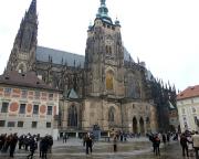Jahreswechsel 2015 - 2016 in Prag - Am Wahrzeichen der Prager Burg, dem Veitsdom, ein beeindruckendes Bauwerk.