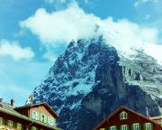Die berühmte Eiger-Nordwand und ein teil der Westflanke