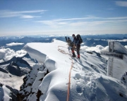 Finsteraarhorn - Gipfelglück in 4275 m