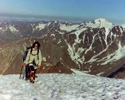 Similaun - Auf dem Zustieg, im Hintergrund rechts die oder der Weißkugel