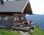 Sonnberg-Alm, eine nette Almwirtschaft auf dem Weg zur Hütte