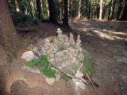 Steinmänner, fast wie in den Alpen - hier beim Aufstieg aus dem Kirnitzschtal in Richtung Schrammsteine