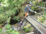 Auf dem Wildschützensteig, über den zügig Höhe in den Schrammsteinen gewonnen wird