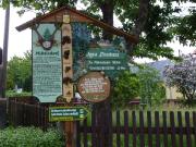 Ausgangspunkt im Zentrum von Mittelndorf, man folgt dem Weg zum Forsthaus Mittelndorf