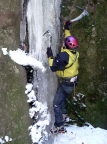 Aldo Bergmann an der Eissäule im Bereich der Teufelskammer im Uttewalder Grund