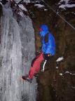 Steffen Große an der Eissäule im Bereich der Teufelskammer im Uttewalder Grund