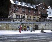 An der Bushaltestelle Forsthaus - Ziel war Schmilka