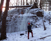 Nächster Versuch - die Eisfälle, die es gleich bei Hohnstein gegenüber der Burg geben soll