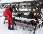 Tag2, Ziel steile Bielatal-Eisfäll – Anlegen der Ausrüstung am Parkplatz
