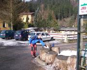 Ankunft auf dem Parkplatz an der Ostrauer Mühle – wie überall: Schneereste