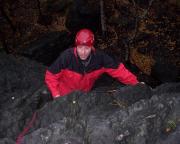 Thomas im Ausstieg des Alten Weges an der Raupe im Bielatal