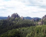 Und hier das andere Motiv der Montage - Blick von unserem Klettergebiet zum Rauschenstein