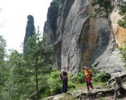 Blick auf die Barbarine bei der Wanderung um den Pfaffenstein