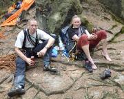 Männertag im Elbsandstein, nach dem dritten Gipfel gönnen wir uns das Männertagsbier