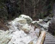 In den Schwedenlöchern - Spuren eines Felssturzes aus dem Jahre 2013
