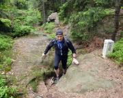 Trailrunning auf dem Grenzweg in der Nähe des Großen Winterberges