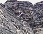 Roberto in der zweiten Abseillänge der Abseilpiste des Großen Lorenzsteines
