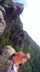Tour 07/2014 - Wiese auf dem Gipfel des 1. Lehntsteifturms, auf dem Gipfel im Hintergrund Ralf und Jens. Nur durch Drehen der Kamera war diese Aufnahme möglich.