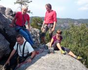 Fechi mit Steffen und Katrin, Kletterneulinge auf dem Gipfel des Portalturms (andere suchen den jahrelang)