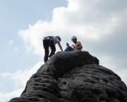 Katrin und Steffen auf dem Gipfel der Gamrigscheibe, sie sind als eigene Seilschaft nach uns gestiegen