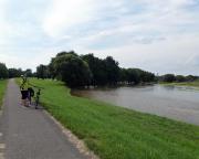 Bei Grießen, wenige Kilometer vor Guben, hier war beim Hochwasser einer der Deiche  gebrochen