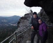Obere Felsengasse bei Oybin - ein weiteres Foto von diesem Aussichtspuunkt, im Hintergrund das Felsgebilde Taube.