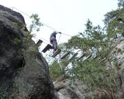 Die Hängebrücke des Klettersteiges an den Nonnenfelsen