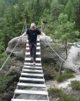 Auf der Hängebrücke des Nonnenfelsen-Klettersteiges Jonsdorf