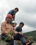 Nach erfolgreicher Besteigung auf dem Gipfel des Thomasfelsens