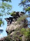 Das Felsgebilde Teekanne, zu finden am Alpenpfad bei Jonsdorf